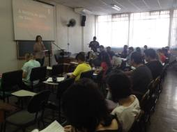 Aulas para formação de missionários